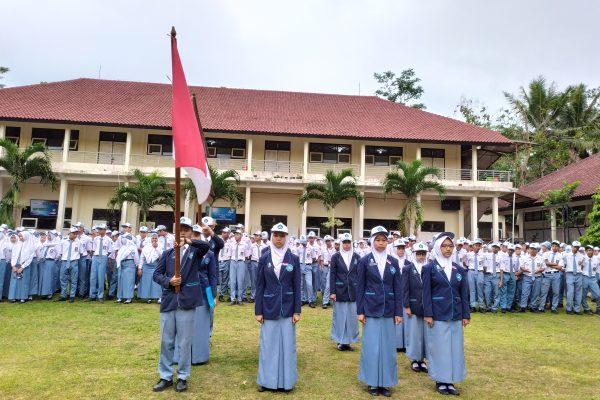 Pelantikan Pengurus OSIS SMA N 2 GRABAG Periode 2019/2020
